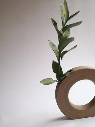 Loop Vase 001