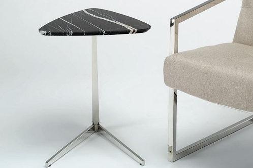 Приставной столик .0366