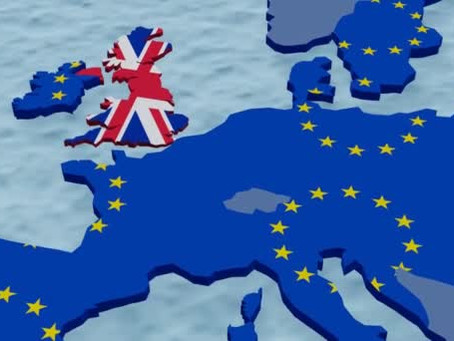 Od iluzi k realite. Od Velke Britanie k male.