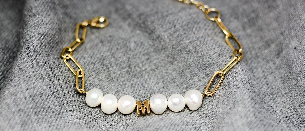 Mía Initial Bracelet