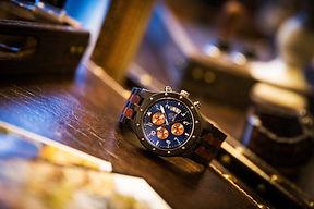 木の腕時計
