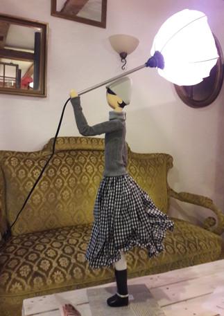 Regenschirmlampe_im_Caféle.jpg