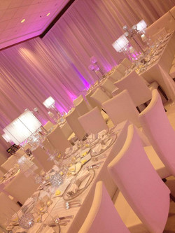 White+Wedding+Table
