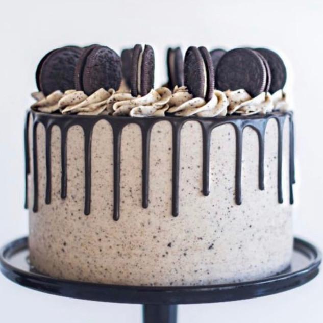 Signature Cookies & Cream Cake