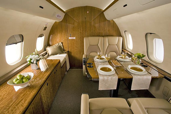 Bombardier Global 5000 Interior.jpg