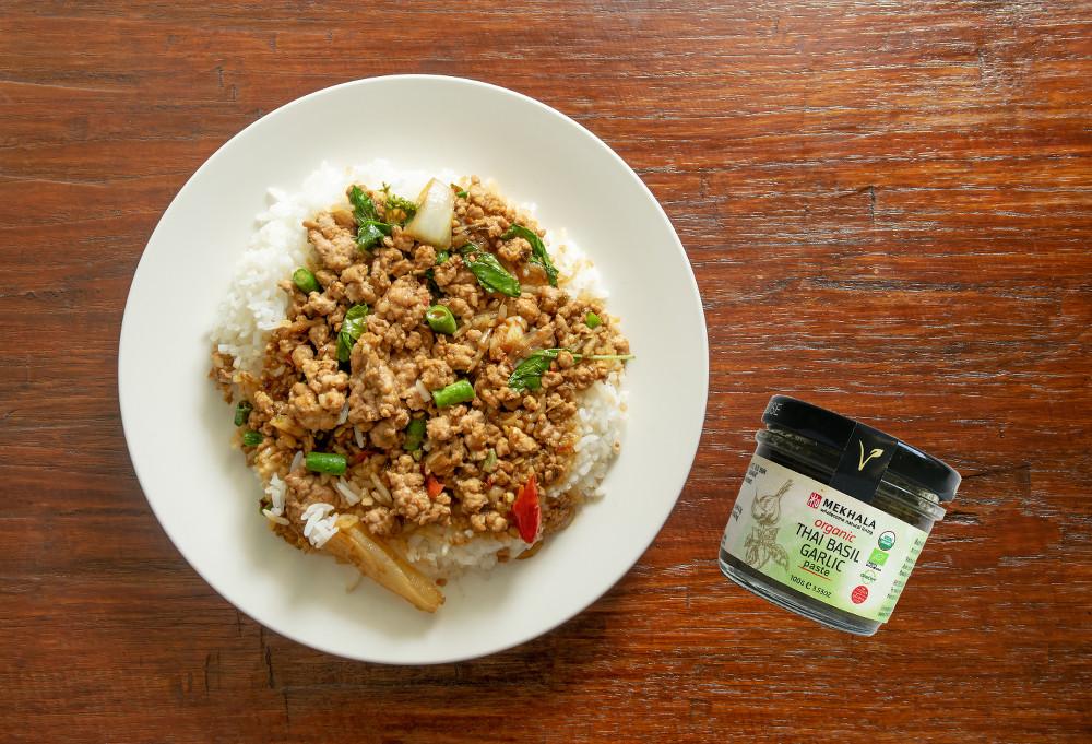 Thai Basil Garlic Stir Fried Pork (PAT KRAPAO MOO SAP)