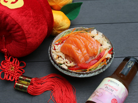 Easy and Healthy Yu Sheng with Plum Sauce