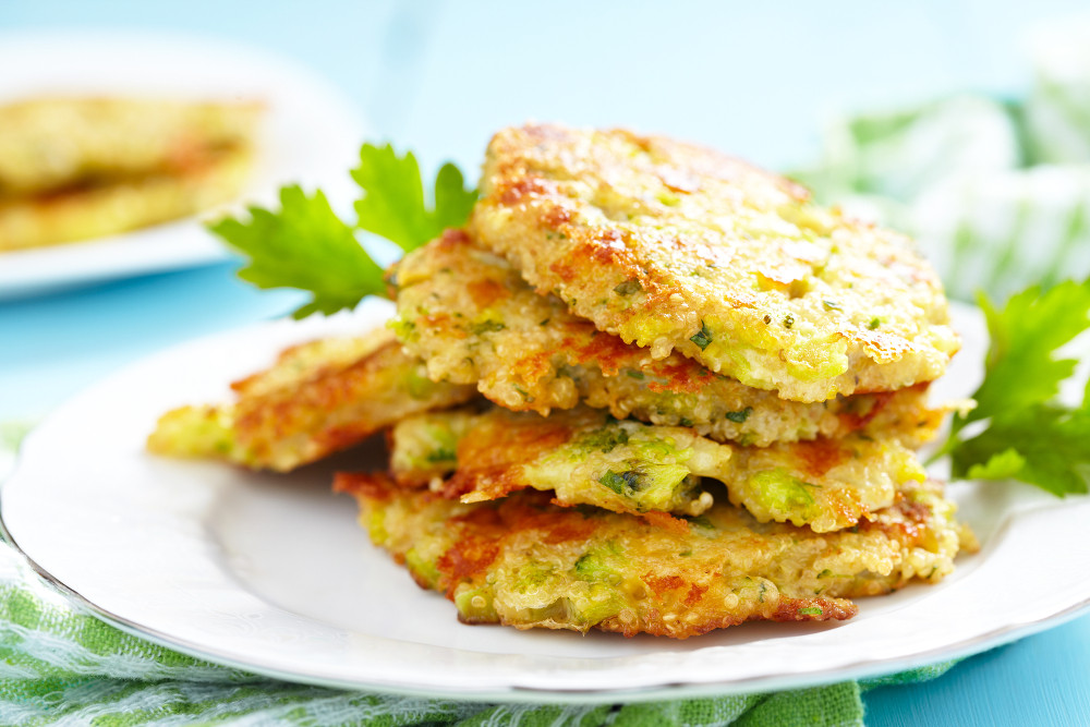Aromatic Broccoli Fritters (keto and vegetarian)