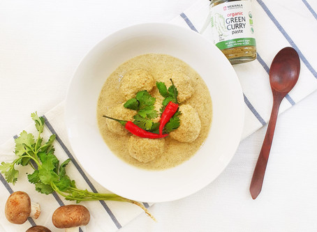 Chicken Meatball Green Curry