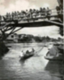 a bridge in Srinagar.jpg