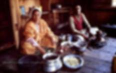 1982 Houseboat Kitchen Preparing Wazwaan