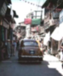 1982 Street scene, Srinagar