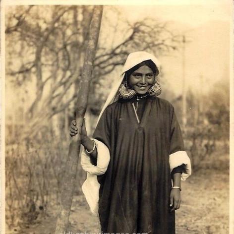 Husking Rice Kashmir