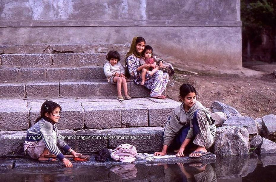 1982 Washing on river side, Kashmir