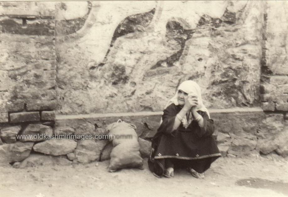 Kashmir in 1970s (3)