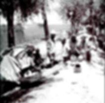 1950s During a Lunch break in the fields
