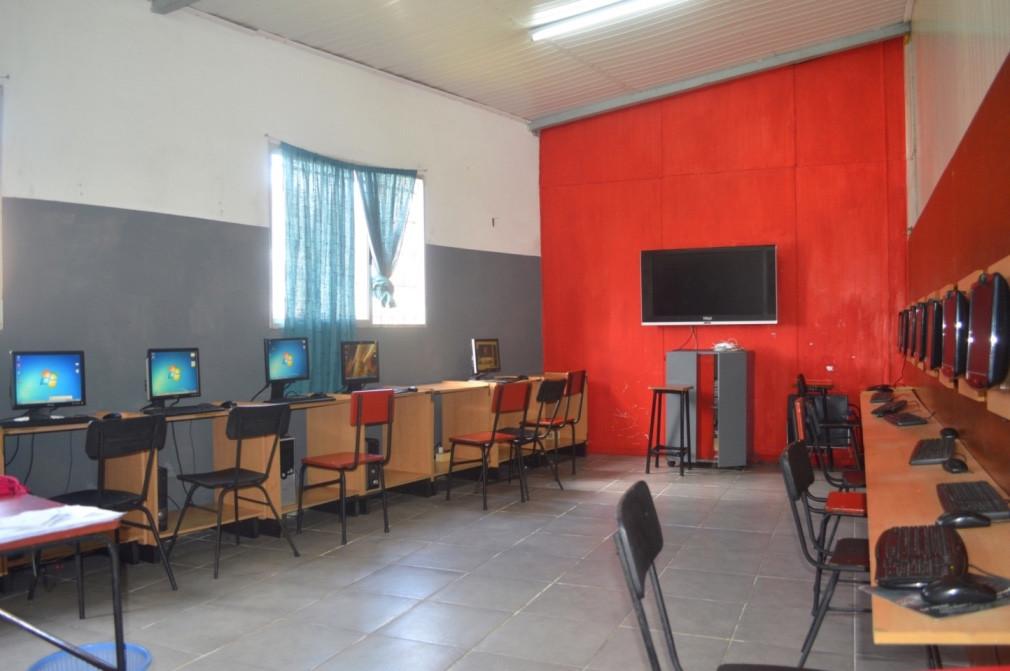 Salón Informática