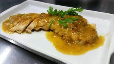 Delicioso Frango Recheado com Molho de Laranja