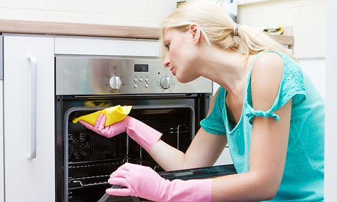 Cleaning-kitchen-appliance-1442949683-60