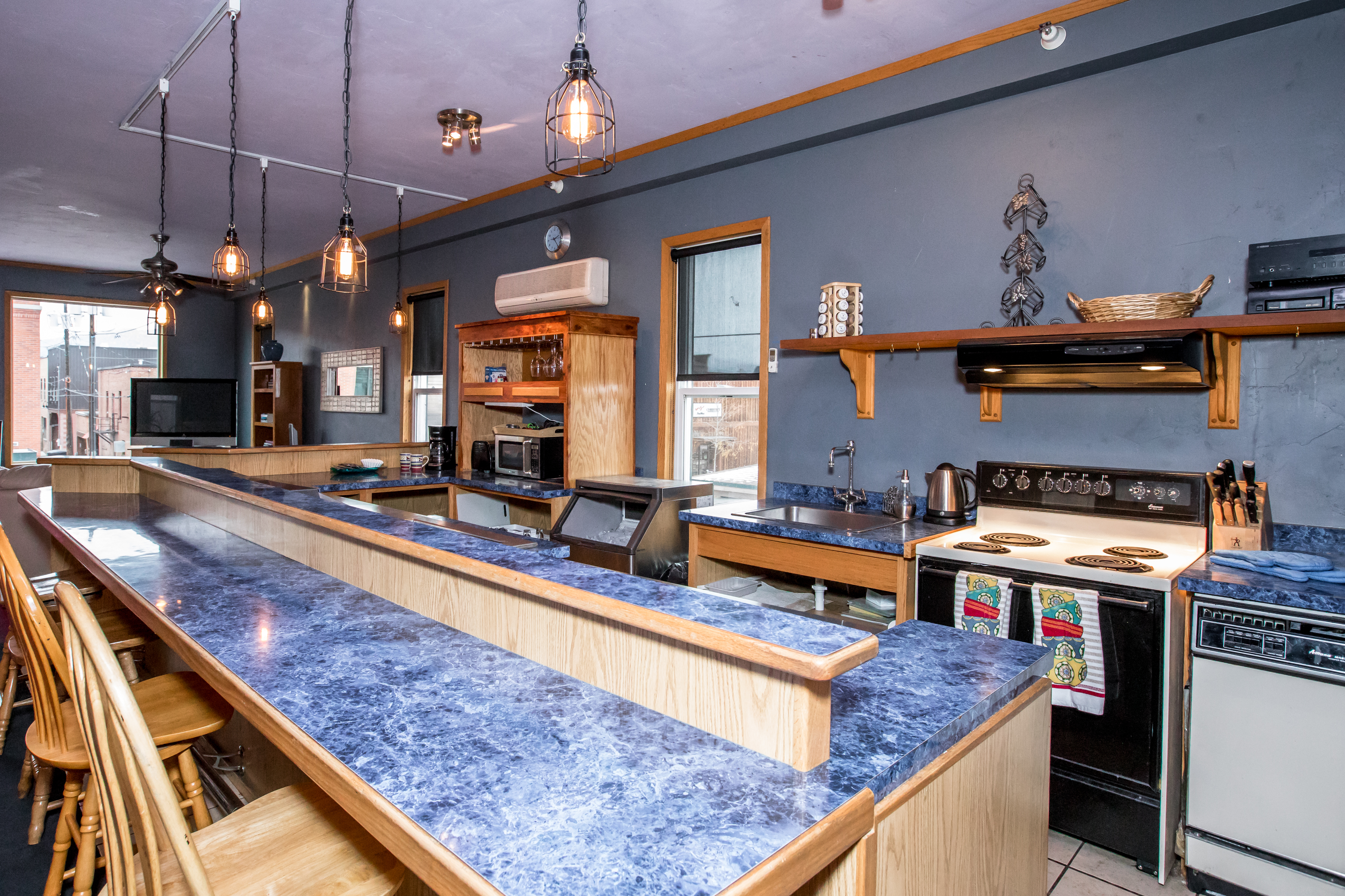 Bar_Kitchen1