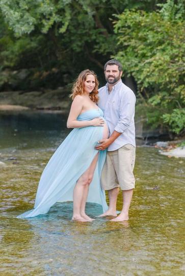Pflugerville Maternity Photo