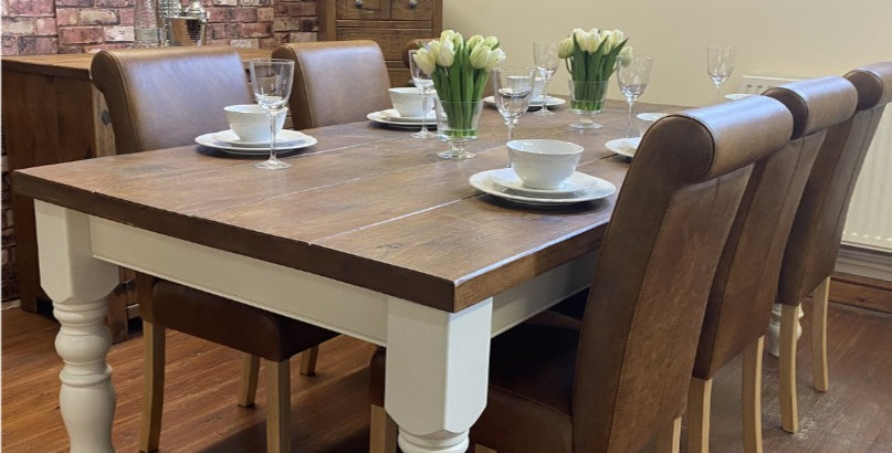 Plank 4ft x 3ft Vintage Table