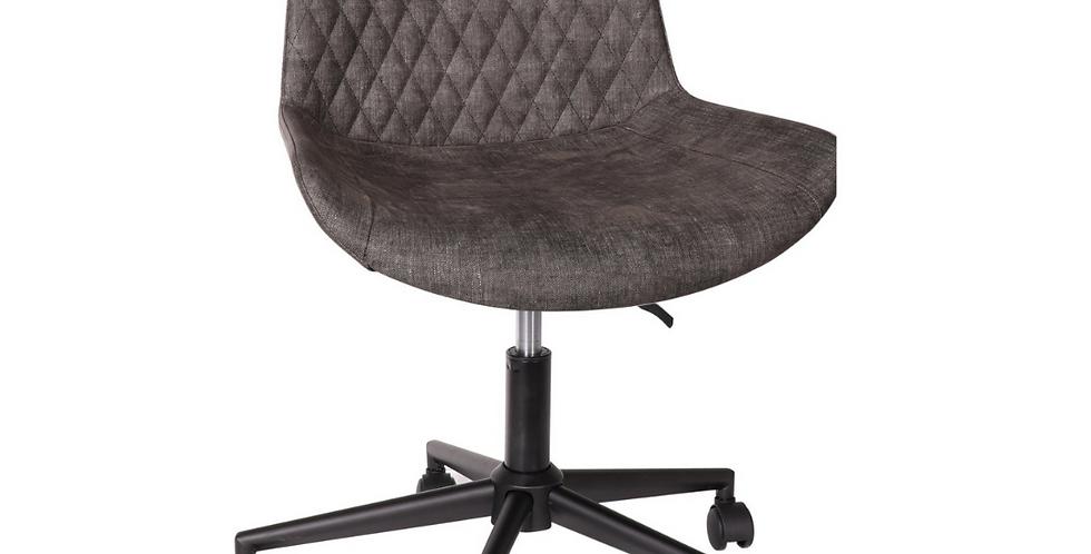 Fusion swivel chair