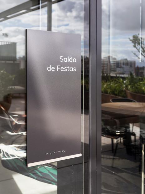 Sinalética NY'205 - Porto Alegre/RS