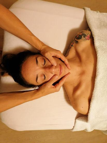 Massaggio Viso.jpg
