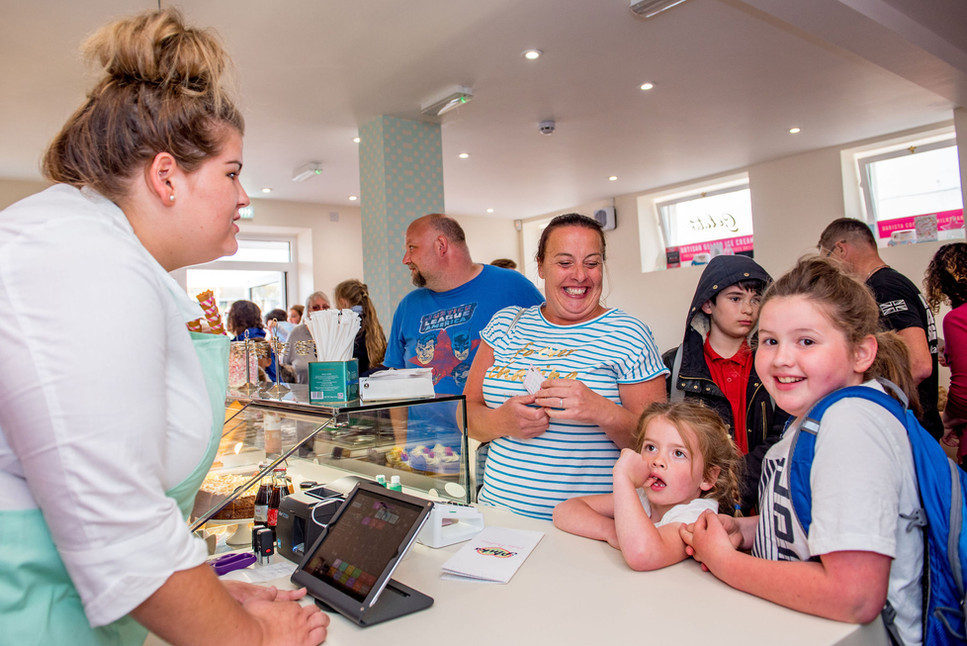 Pinks Parlour Bognor Regis Serving Custo
