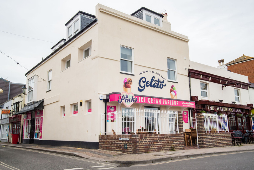 Pinks Parlour Bognor Regis Side Exterior