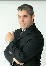 Walter Mercado.jpg