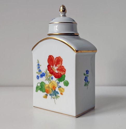 Meissen – Teedose, Blumendekor (VERKAUFT)