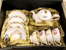 Nat teapot set.jpg