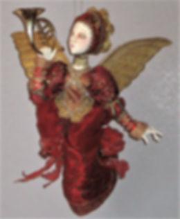 Angel cu.jpg