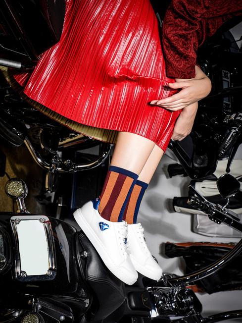 Kruzin Footwear - Nicki White Blue Red