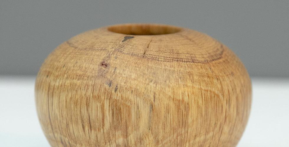 Oak Nest Vase