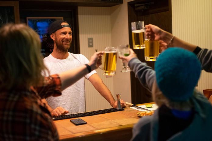 stay myoko legend inn bar lounge snowboard snow ski pension chalet accommodation japan guest house apartment