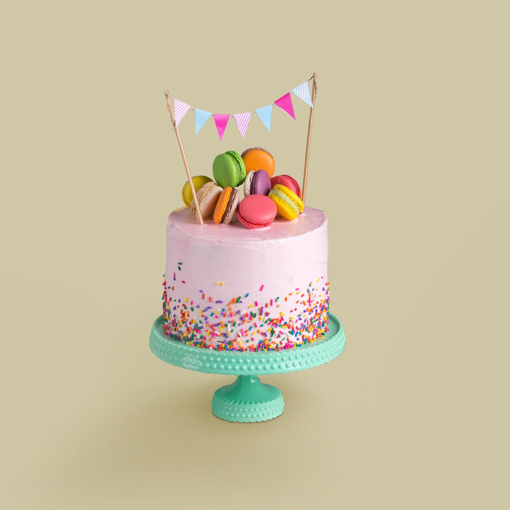 Cake Smash with Cake