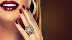 Lips_Jewelry_Fingers_Teeth_Smile_Ring_Ma