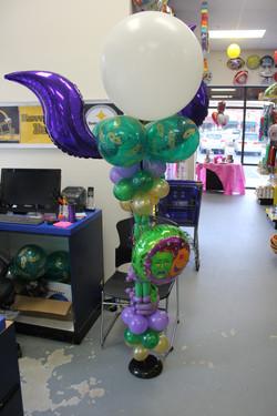 Mardi Gra Lantern Balloons