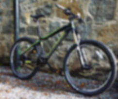 650b long travel hard tail trail mountain bike with hydraulic disk brakes. Absolute trail weapon from £1000