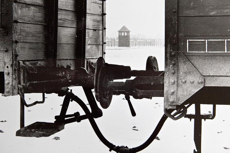 Schindler Auschwitz 2.jpg