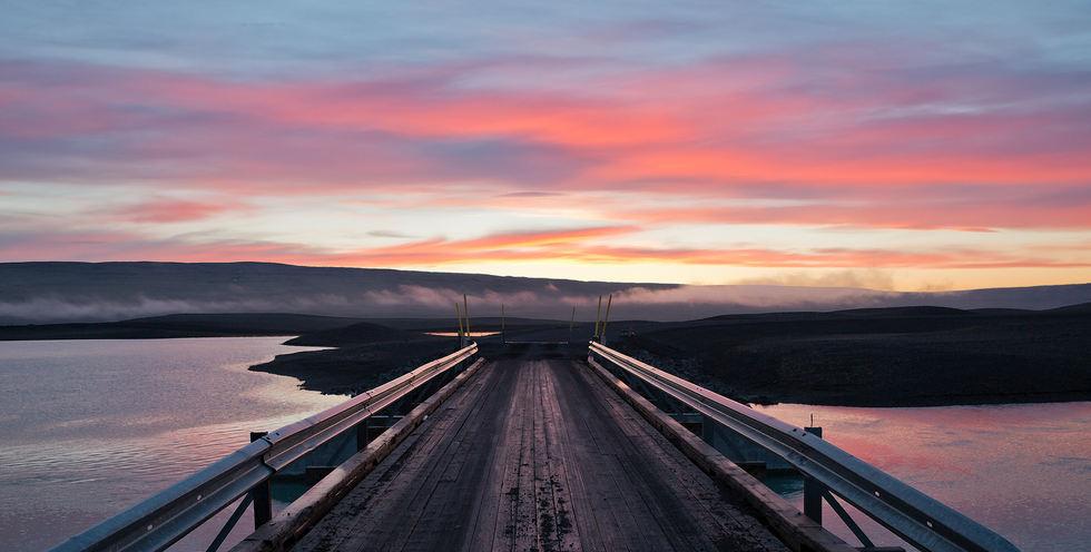 4.am June 21st_Icelandic Bridge