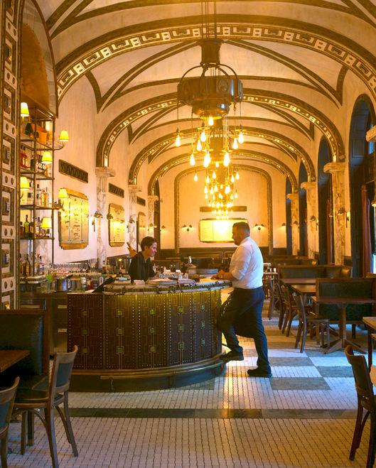 Budapest Bar.jpg