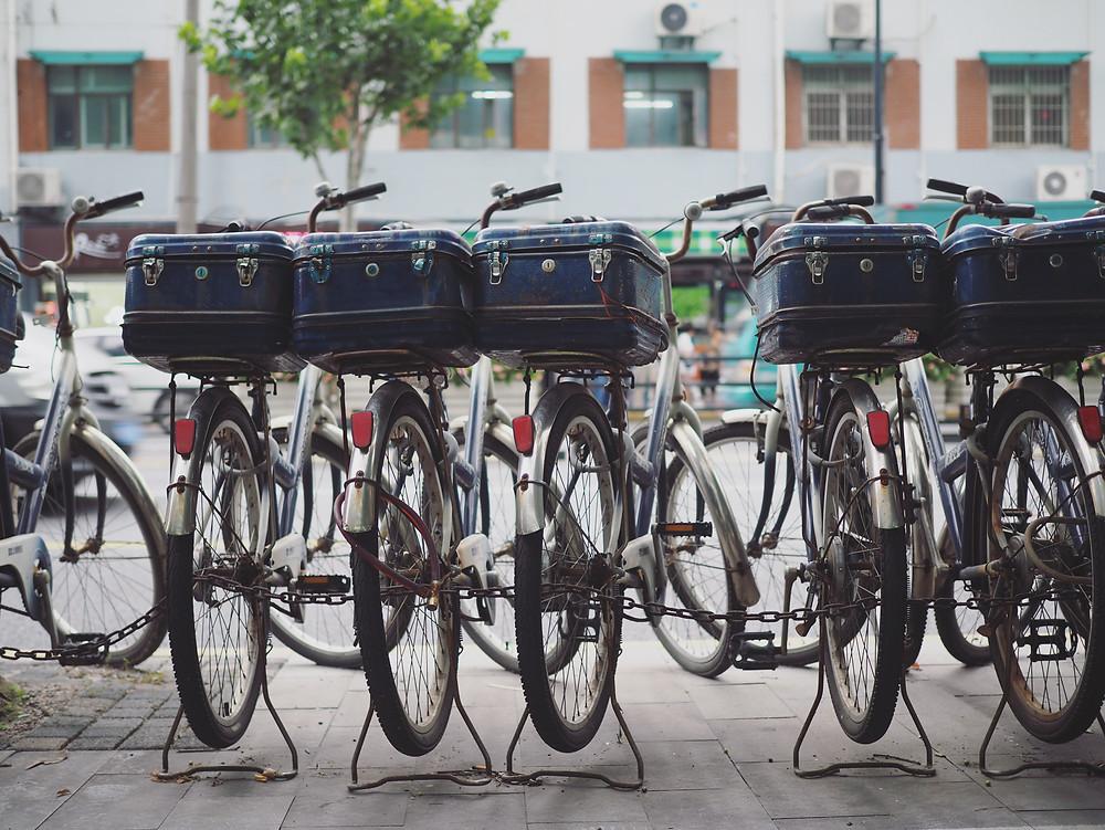 上海交警的脚踏车