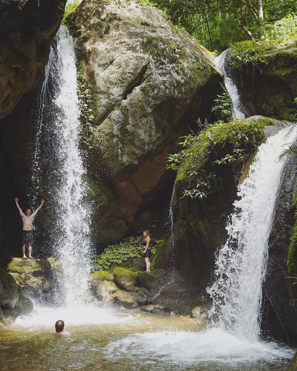 拜县瀑布 Hua Chang Waterfall