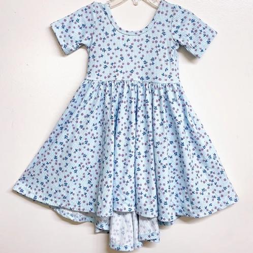 Eyee - Ribbed Light Blue Floral Dress