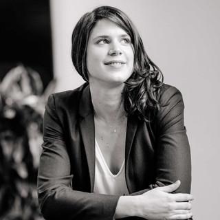 Laura Sinagra Brisca