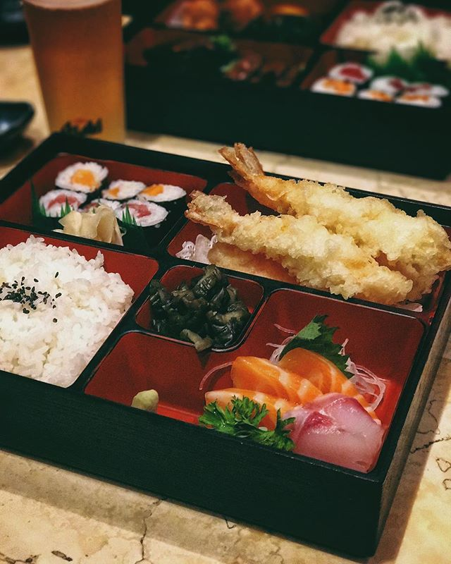Pretty bento boxes for days with Lingos